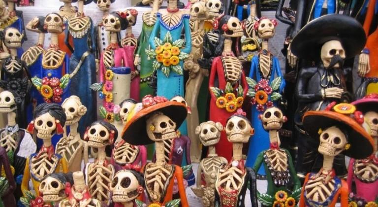 Castanyada, Halloween i el Día de los Muertos.